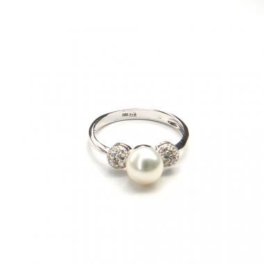 Prsten z bílého zlata s mořskou perlou a zirkony Pattic 2,65g BV505601W-56