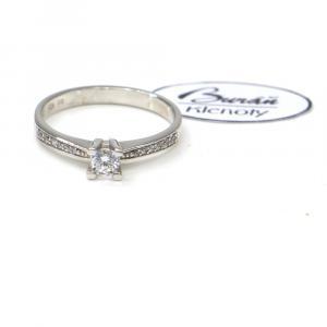 Prsten z bílého zlata se středovým zirkonem a zirkony Pattic AU 585/000 2,00 gr, PR356022401