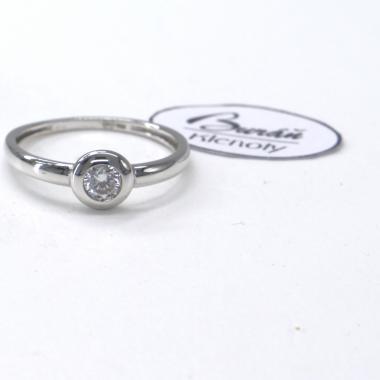 Prsten Pattic z bílého zlata se středovým zirkonem AU 585/000 1,30 gr, PR146063101-53