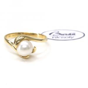 Prsten ze žlutého zlata s perlou 2,95 gr, Z59701-56