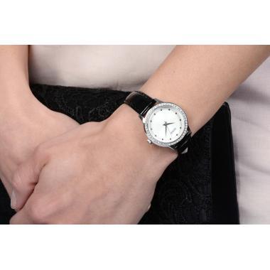 Dámské hodinky GUESS Chelsea W0648L7