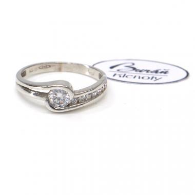 Prsten z bílého zlata se středovým zirkonem a zirkony Pattic AU 585/000 2,20 gr, PR185095301-52